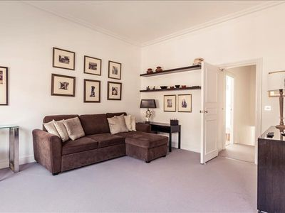 Photo for Amazing 2bdr in Kensington