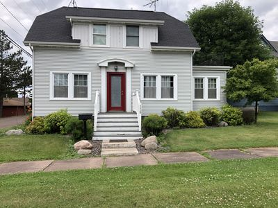 Classy Cottage-2 blocks from Castle Danger Brewery!