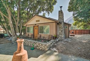 Photo for 2BR Cottage Vacation Rental in Mt Baldy, California