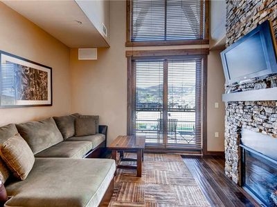 Photo for Luxurious Studio w/Private Balcony, Onsite Fitness, Pool & Hot Tubs