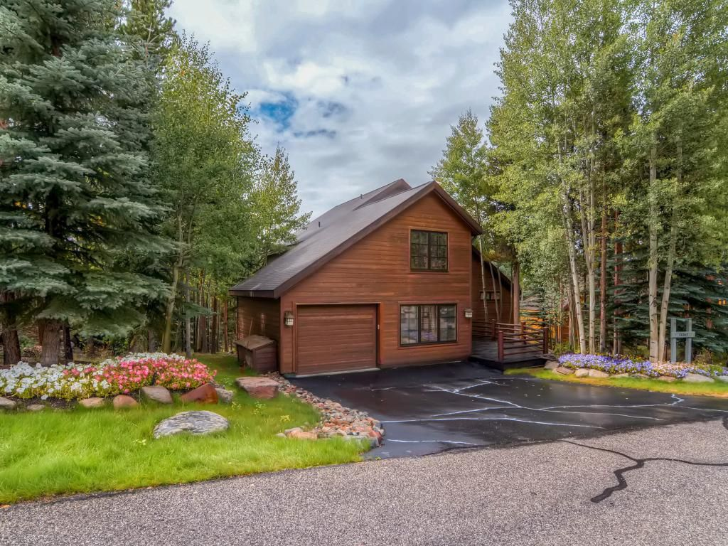 unforgettable keystone ranch exquisite cabin style home w views exquisite cabin style home w views private hot tub shared pool golf nearby