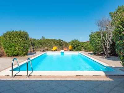Photo for Holiday Apartment Vena Fiora with Air Conditioning, Garden, Terrace & Pool; Parking Available, Pets Allowed