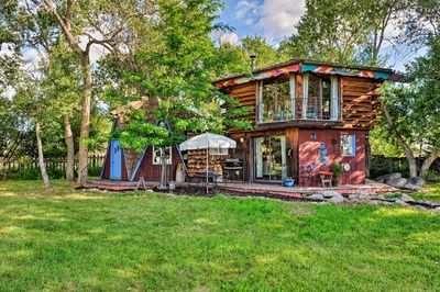 The 'Snowflake Cabin' sleeps 2 and makes for a cozy couples retreat.