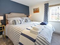 Adorable stay in the heart of Farnham!