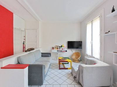 Photo for Familial 2 bedroom flat in the center of Paris