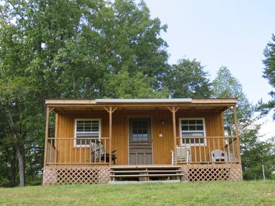 """Private, Isolated  """"Off the Grid"""" Camping Cabin, Heated, Very Pet Friendly!"""