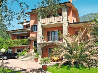 Photo for One bedroom Apartment, sleeps 4 in Malcesine with WiFi