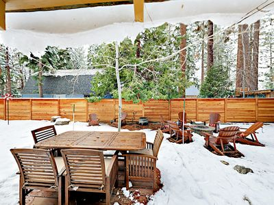 Patio - The patio includes alfresco dining for 6.