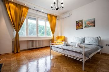 Photo for Apartman Korzo - Near Danube Park