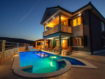 Photo for Modern villa with private pool and BBQ, near TROGIR and SPLIT