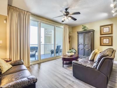 Photo for Beautifully decorated 12th Floor 3Bd, Sleeps 8.  Shores of Panama 1204