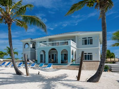 NEWLY REMODELED Luxury Turtle Tail Villa w/ Private Beach!