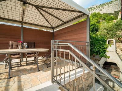 Photo for Nice apartment for 4 guests with A/C, private pool, WIFI, TV and parking
