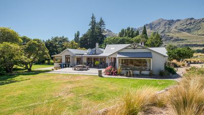 Photo for Glendhu Homestead & Cottage: 6  BR, 3  BA Country house / Chateau in Wanaka, Sleeps 10