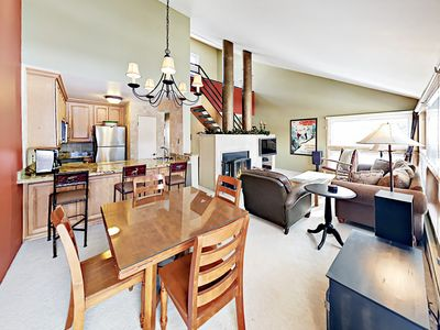 Dining Area - Boasting high ceilings and lots of natural light, this condo provides the ultimate alpine vacation.