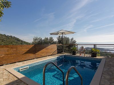 Photo for House with heated pool, terrace with sea view, 2 bedrooms, quiet location