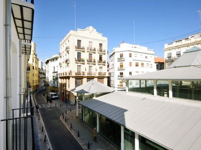 Photo for 2 Bedroom Apartment with balcony. Old Town. Valencia. MS4