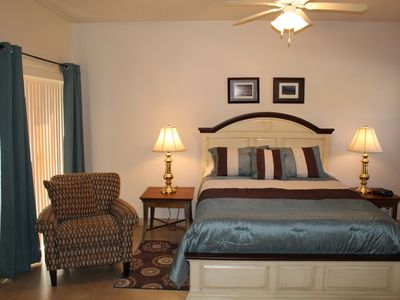 Photo for Fully Updated 1 Bed 1 Bath Efficiency Condo in Castle Pines near PGA Village