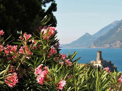 "Photo for ""Romantic"" two-room apartment with wonderful lake view 7 NIGHTS SPECIAL OFFER, pool"