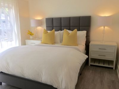 FRESH SOFT SHEETS-ALL BEDDING LAUNDERED BETWEEN GUESTS-DUVET COVER, BLANKET ETC