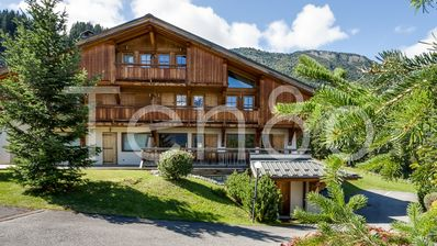 Photo for Stunning family chalet ski in ski out