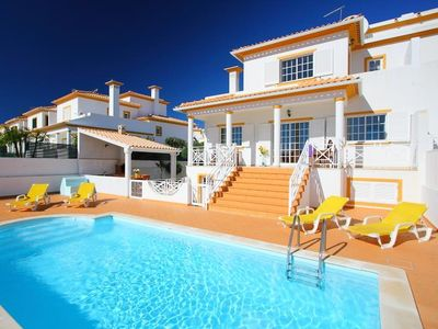 Photo for This 3-bedroom villa for up to 6 guests is located in Albufeira Centre and has a private swimming po