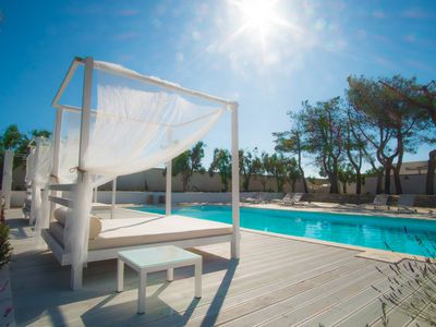 Photo for Pool view villa with free wi-fi in Salento
