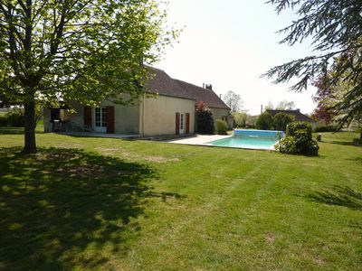 Photo for Large 270 m² farmhouse with heated pool close to the Châteaux of the Loire