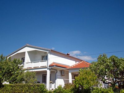 Photo for 1BR Apartment Vacation Rental in Vrsi