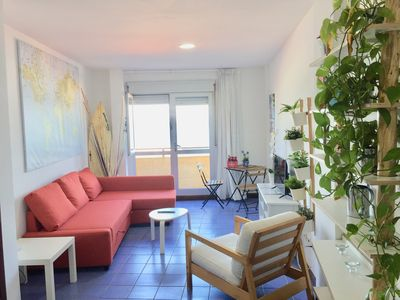Photo for THE HOUSE OF MATILDA. Apartment on the beachfront with sea views.