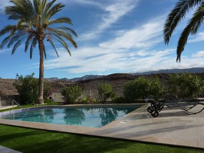 Photo for Kingsize-Flat with pool, overlooking Maspalomas : a higher class