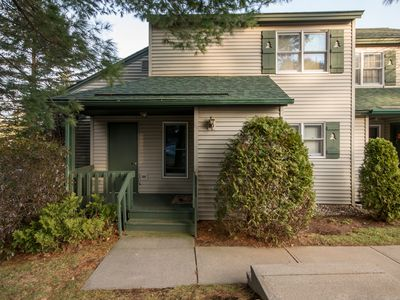 Photo for Beautiful 3 Bedroom Pine Hill Townhouse