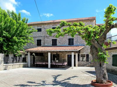 Photo for Vacation home Haus Cittanobile (KST410) in Porec/Kastelir - 14 persons, 6 bedrooms