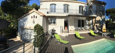 Photo for Beautiful renovated villa, 5 bedrooms, sea
