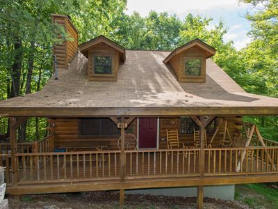 Photo for Trails End. 1 mile to the parkway. Wooded lot, spacious, and private