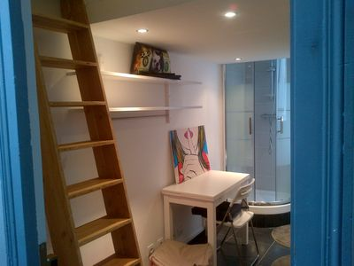 Photo for Home Sweet Home: cozy nest in the heart of Paris (75008): ideal tourism!