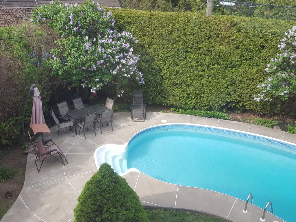 25 minutes drive from Montreal downtown - VRBO