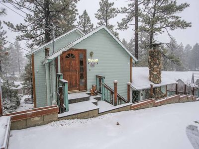 Photo for ~Country Cabin~Equipped & Furnished Retreat~Walk To Lake or Town Location~