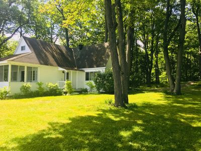 Photo for Water Front Cottage next to Montreal - Lake of Two Mountains