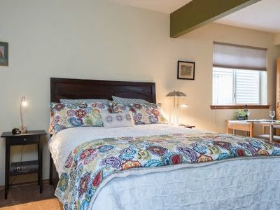 Photo for Cozy Getaway in Green Lake/Wallingford
