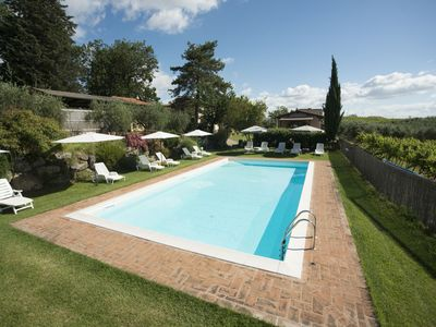 Photo for Two Bedroom Ground Floor Apartment San Gimignano   Tulip is a very pretty apartment in a restored farmhouse