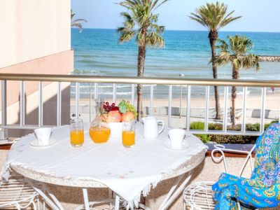 Photo for Apartment Villa Maria Carmen  in Vilanova i la Geltrú, Costa del Garraf - 6 persons, 3 bedrooms