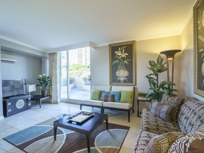 Photo for Luana Waikiki! Large Private Patio! Comfortable 1 Bedroom Full Kitchen.(LW6)