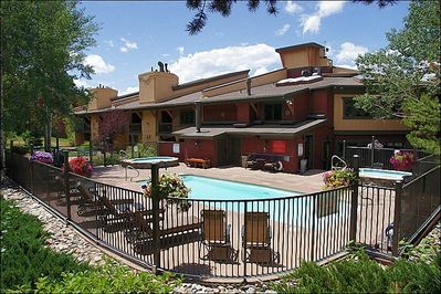 Heated Pool, 2 Large Hot Tubs, Chase Lounge Furniture, Clubhouse with Towels, Restrooms, Sauna, and more
