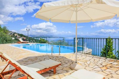 Beautiful villa with private pool, terrace and sea view