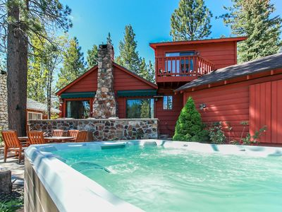 Photo for CLOSE to LAKE & Village.  Hot Tub, Great Location!