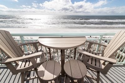 IT'S ALL ABOUT THE VIEW -  IT'S ALL ABOUT THE VIEW - BAR HEIGHT CHAIRS AND TABLE LET YOU LOOK OVER THE RAILING AT THE STUNNING GULF AND BEACH SERVICE. FOUR EXTRA CHAIRS IN CORNER.