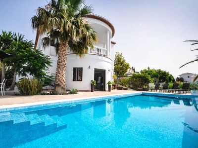 Photo for Villa La Palacete: renovated august 2018, big private pool, comfort & ocean view