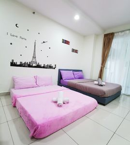 Photo for 1 Bedroom Apartment Suite with 2 Bathroom, beside Gleneagles Hospital