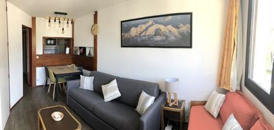 Photo for Apartment in the heart of Chamonix, Plein Sud facing Mt Blanc